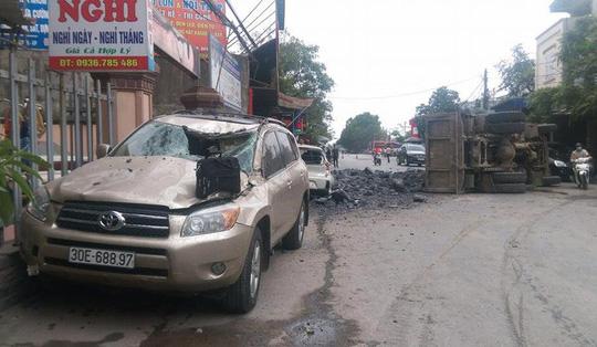 Bẻ lái cứu mạng 2 nữ sinh, tài xế xe tải đối mặt với nguy cơ nợ nần lớn - 3