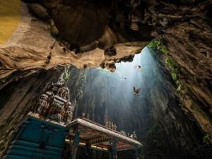 Tin tức trong ngày - Kỷ lục thế giới của hang Sơn Đoòng không thuộc về VN