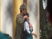 """An ninh Xã hội - Vụ tẩm xăng, dọa thiêu sống nữ sinh: """"Con tôi bị thần kinh"""""""