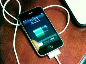 Công nghệ thông tin - 6 lời khuyên giúp tăng tốc sạc smartphone