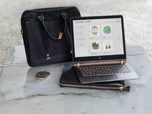 Thời trang Hi-tech - Cận cảnh laptop mỏng, nhẹ nhất thế giới HP Spectre 13