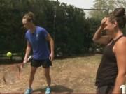 Thể thao - Lác mắt với khả năng tâng bóng cạnh vợt của SAO tennis