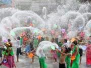 Du lịch - Tưng bừng lễ hội té nước độc nhất Đông Nam Á