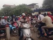 Tin tức trong ngày - Dân liều chặn đường tàu hỏa, luật xử sao?