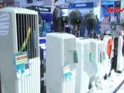 Thị trường - Tiêu dùng - Nắng nóng, người dân TP.HCM đổ xô đi mua hàng điện lạnh