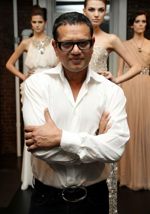 Nghe 6 nhà thiết kế nổi tiếng bày cách chọn váy cưới - 7
