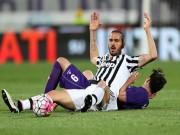 """Bóng đá - Fiorentina - Juventus: Khoảnh khắc """"người nhện"""""""