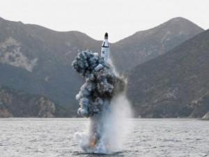 Thế giới - Triều Tiên tiến bộ ngạc nhiên về tên lửa đạn đạo tàu ngầm