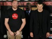 """Thể thao - Boxing: Fury cởi áo """"sỉ nhục' Klitschko trước trận tái đấu"""