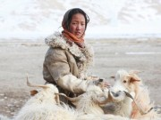 Thế giới - Cuộc sống nguyên thủy của bộ tộc trên đỉnh Himalayas
