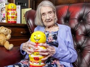 """Thế giới - Cụ bà 109 tuổi cả đời tuyệt đối """"kiêng"""" đàn ông"""