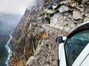 """Du lịch - """"Run rẩy"""" trên cung đường nguy hiểm nhất Ấn Độ"""