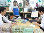 Tài chính - Bất động sản - Ngân hàng hạ lãi suất hỗ trợ doanh nghiệp và chính mình