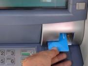 Tài chính - Bất động sản - Có nhất thiết phải chuyển đổi thẻ ATM?