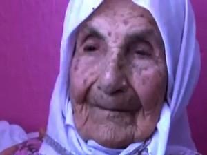 Phi thường - kỳ quặc - Bí quyết sống lâu của cụ bà có tới 120 đứa cháu, chắt