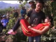 Video An ninh - Thực nghiệm vụ chồng giết vợ, thả xác vào bể nước