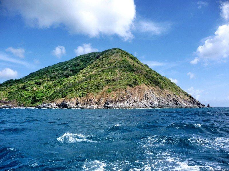 Trốn nóng hè ở 10 hòn đảo siêu đẹp của Việt Nam - 3