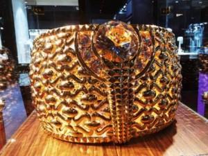 Thế giới - UAE trưng bày nhẫn vàng 64kg lớn nhất thế giới