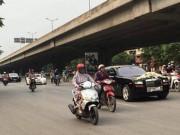 Ô tô - Xe máy - Video: Hai siêu xe Rolls-Royce rước dâu ở Hà Nội gây chú ý