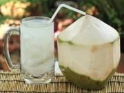 Sức khỏe đời sống - Những người tuyệt đối không được uống nước dừa