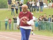 Thể thao - Cụ bà U100 ngã sấp mặt, vẫn phá kỷ lục chạy 100m