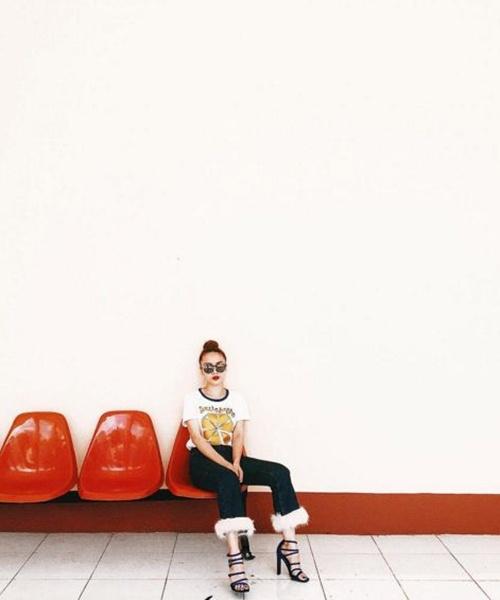 Cách đơn giản chinh phục quần jeans tua rua - 1