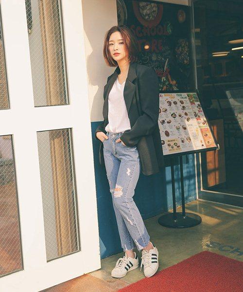 Cách đơn giản chinh phục quần jeans tua rua - 5