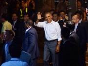 Tin tức trong ngày - Ông Obama diện sơ mi trắng đi ăn bún chả Hà Nội