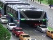 """Thế giới - """"Siêu"""" xe chống tắc đường ở Trung Quốc"""
