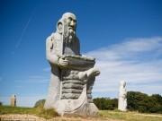 Du lịch - Thung lũng Thánh thần với 1.000 tượng đá kì vĩ ở Pháp