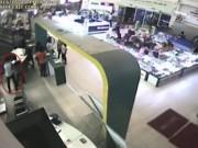 """An ninh Xã hội - Cận cảnh """"ngón nghề"""" siêu đẳng của trộm cắp ở siêu thị"""