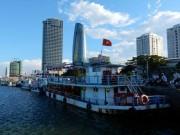 """Tin tức trong ngày - Nỗi niềm những chủ tàu """"bị vạ lây"""" trên sông Hàn"""