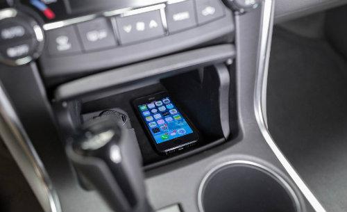Toyota công bố Camry 2017 nhiều tính năng, giá không đổi - 6