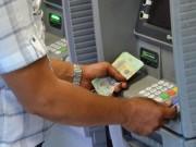 Tài chính - Bất động sản - Bớt gánh nặng phí ATM
