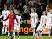 """Bóng đá - Ảnh đẹp Euro 15/6: """"Màn mở hội"""" sau lưng Ronaldo"""