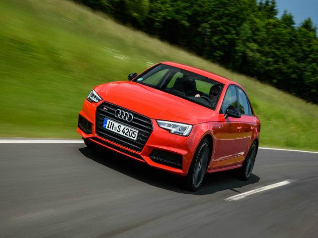 Audi S4 2018 có hạ nổi Mercedes-AMG C43 sedan không?