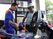 Thị trường - Tiêu dùng - Giá xăng có thể giảm 200-300 đồng/lít
