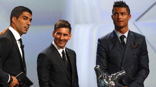 Đua QBV 2016: Messi đang thắng thế Ronaldo