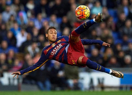 Neymar cân nhắc rời Barca, chọn giữa Real, MU và PSG