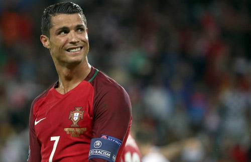 ĐT Bồ Đào Nha: Liệu có dám để Ronaldo dự bị?