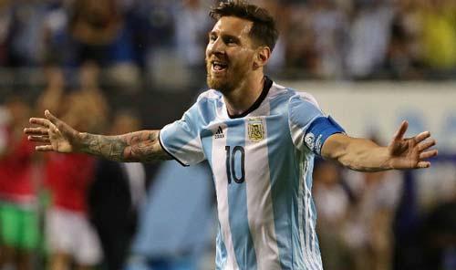 Messi - Ronaldo: 2 siêu sao & con đường rẽ 2 ngả