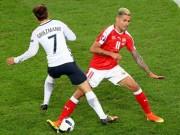 Bóng đá - Hi hữu ở Euro: Áo rách 3 lần, bóng thủng