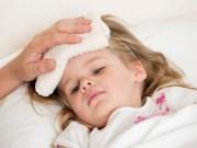 Sức khỏe đời sống - Chuyên gia chia sẻ bài thuốc hạ sốt cho trẻ em bằng cây nhà lá vườn