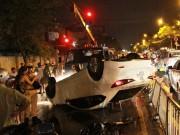 Tin tức trong ngày - Thoát chết hy hữu trong chiếc ô tô lật ngửa