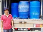 Thị trường - Tiêu dùng - Bắt xe tải chở 1,5 tấn cá bốc mùi hôi thối