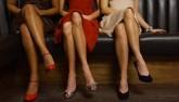 Phụ nữ Nhật chi 80 triệu đồng học cách đi giày cao gót