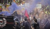 Ảnh: Dân Anh rầm rộ đổ xuống đường phản đối rời EU