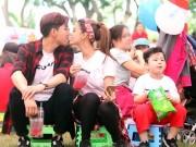 """Ca nhạc - MTV - Vợ chồng Trương Quỳnh Anh tình tứ """"hôn trộm"""" trước mặt con"""