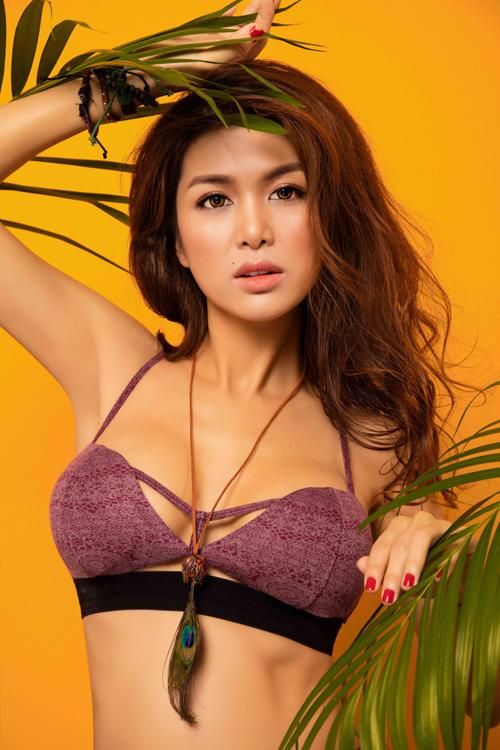 """Hoa hậu """"thi chui"""" Oanh Yến quá nóng bỏng với bikini - 6"""