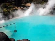 """Du lịch - Khám phá thành phố toàn """"địa ngục"""" nước nóng ở Nhật"""
